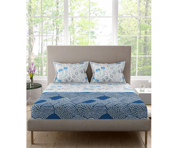 Stellar Home Blockbuster Collection - Blue & White Boho Print Bedsheet With 2 Pillow Covers (100% Cotton, Queen Size)