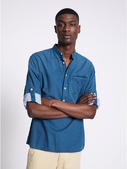 Navy Solid Regular Fit Casual Shirt