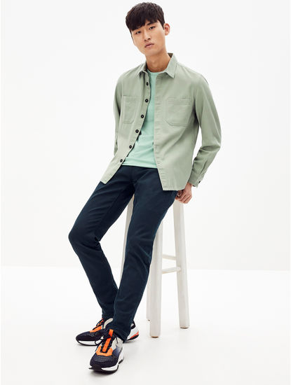 Light Green Solid Regular Fit Casual Shirt