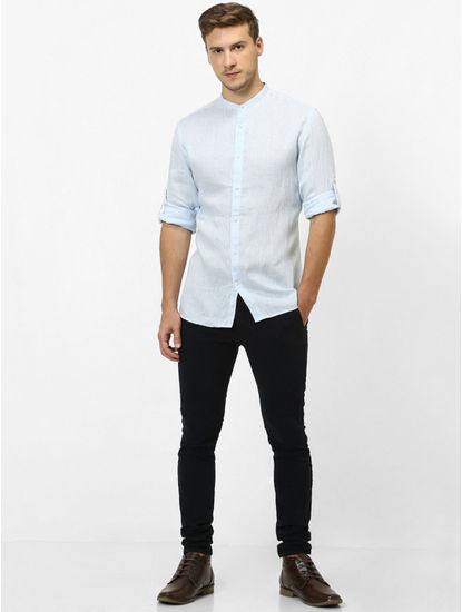 Blue Solid Regular Fit Casual Shirt