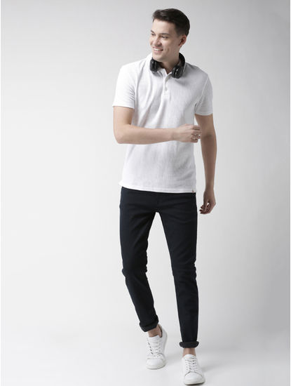 White Solid Regular Fit T-Shirt