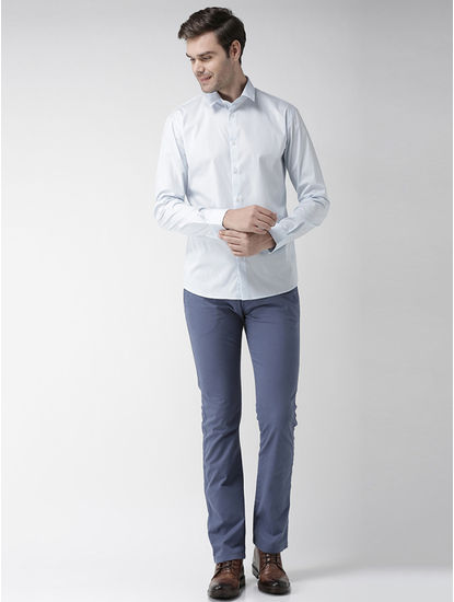 Blue Solid Straight Fit Chinos