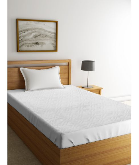 White Mattress Protector (Single Size - 91 X 184 cms + 36 cms drop, Elasticated, Water Resistant, Anti Bacterial & Anti Dust Mite) - Portico New York
