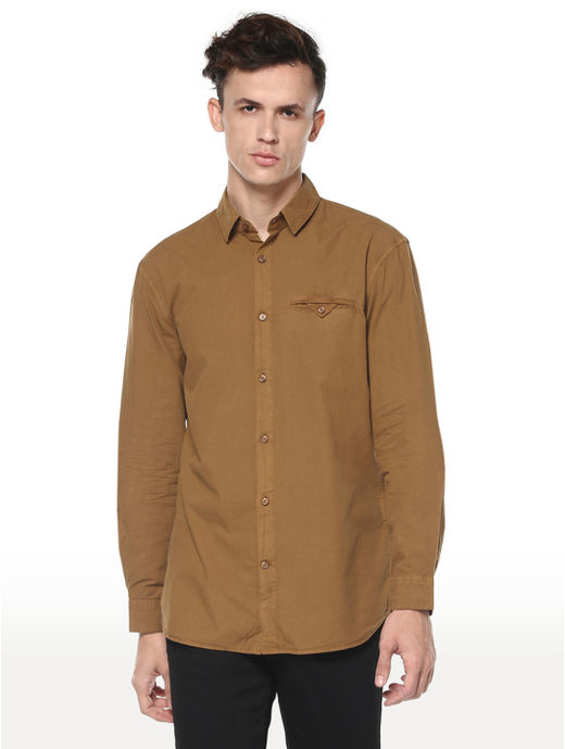 Brown Solid Regular Fit Casual Shirt